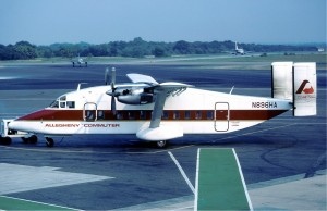 Henson_Airlines_Shorts_330_at_Baltimore_-_11_September_1983