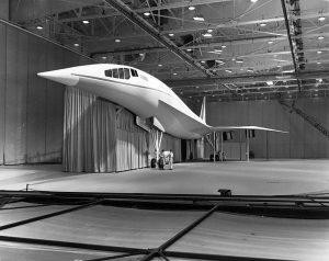 757px-Lockheed_L-2000_mockup