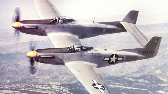 North_American_XP-82_Twin_Mustang_44-83887.Color_-678x381