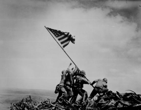 iwo-jima-flag-raising-wwii